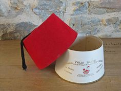 French box shaped like a fez hat - exotic box for stuffed dates - Chechia box by Histoires on Etsy https://www.etsy.com/listing/490361666/french-box-shaped-like-a-fez-hat-exotic