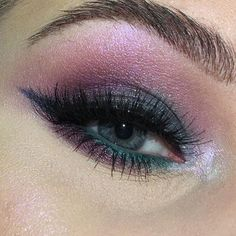 @maccosmetics Jeweled eyes  Created using Eye Kohl in Minted Dazzleshadow in Try Me On Ey