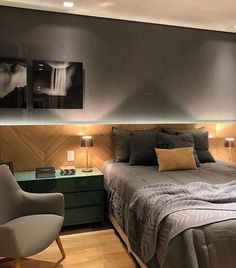 design - Quarto cinza 70 ideias cheias de estilo para adicionar a cor no ambiente Contemporary Bedroom, Modern Bedroom, Contemporary Furniture, Contemporary Design, Master Bedroom, Contemporary Cottage, Contemporary Apartment, Contemporary Wallpaper, Contemporary Chandelier