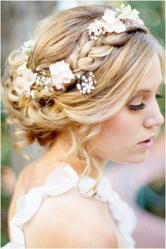 Robe de mariage : coiffure boheme