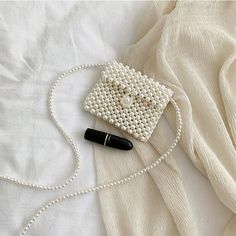 Beaded Clutch, Beaded Bags, Beaded Jewelry, Handmade Bags, Handmade Jewelry, Diy Crochet Bag, Sacs Design, Pearl Crafts, Art Bag