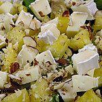 Sałatka z awokado i ananasem