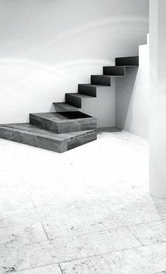 Professionals in staircase design, construction and stairs installation. In addition EeStairs offers design services on stairs and balustrades. Interior Stairs, Interior Design Living Room, Architecture Details, Interior Architecture, Staircase Architecture, Escalier Design, Stair Detail, Concrete Stairs, Stair Decor