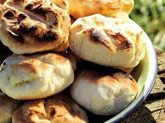 Roosterkoek Artisan Sourdough Bread Recipe, Bread Recipes, South African Recipes, Bread Rolls, Afrikaans, Naan, Scones, Buns, Breads