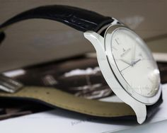 Jaeger-LeCoultre 154.84.20 Master Control Automatic, Q1548420, stainless steel on a strap with a stainless steel deployant buckle, automatic movement (Caliber 899), date at 3 o'clock, centered sweep second hand, sapphire crystal, silver dial with silver hour markers and Arabic numerals, solid case back, water resistant to 50 meters, diameter: 39 mm, thickness: 8.9 mm, Like New with Box and Papers dated Dec 2015. The watch was just completely serviced from 3 O Clock, 9 Mm, Stainless Steel, Crystals, Watch, Box, Silver, Accessories, Clock