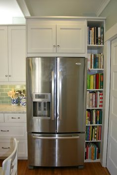 The Vintique Object: Rockridge Kitchen Tour 2011: The Clever Details  bookshelf