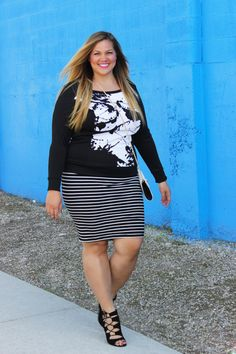 plus size fashion #slimmingbodyshapers   Who says plus size can't wear horizontal stripes? Work it gorgeous! slimmingbodyshapers.com