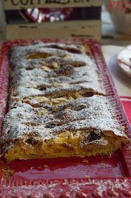 7gramas de ternura: Tarte Coberta de Maçã, Mirtilos e Amêndoa Moon Cookies, Cake Cookies, Delicious Desserts, Yummy Food, Mousse, Sweet Pie, Pound Cake Recipes, Cupcakes, Strudel
