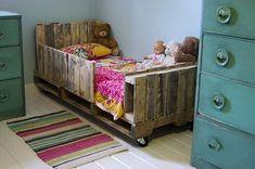 Kids-Pallet-Daybed-4.jpg (537×357)