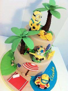 Minion hawaiian cake - by BellasBakery Crazy Cakes, Minion Birthday, Minion Party, Cake Birthday, Bar A Bonbon, Beach Cakes, Character Cakes, Disney Cakes, Novelty Cakes