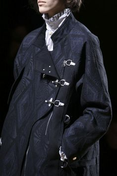 Dries Van Noten Fall 2014 RTW - Details - Fashion Week - Runway, Fashion Shows and Collections - Vogue