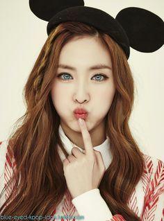 Blue Eyed Kpop Idols Ulzzang Girl Brown Eyed Girls Hair Beauty