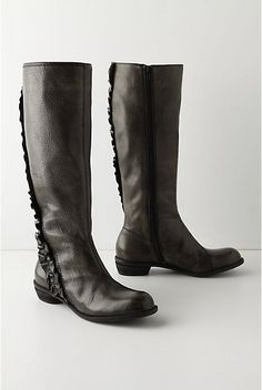I fell in love with these Pebbled & Primped Boots from #Anthropologie but sadly they sold out of my size