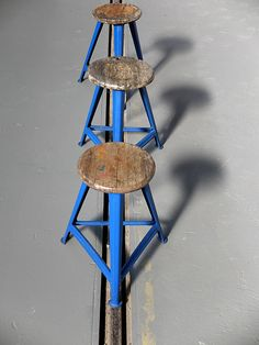 german-blue-stools-by-robert-wagner-for-rowac-set-of-3-01