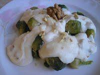Kelbimbó diós sajtmártással Cukor, Potatoes, Chicken, Meat, Ethnic Recipes, Dios, Potato, Cubs, Kai