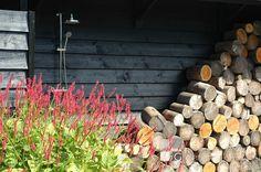 Tuin in Soest met buitendouche