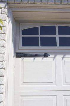 garage door trim after Garage Door Trim, Faux Wood Garage Door, Garage Door Paint, Garage Door Styles, Garage Door Makeover, Garage Door Design, Painting Trim, House Painting, Diy Painting