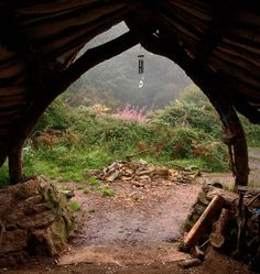 Man Builds U0027Hobbit Houseu0027 In Just 4 Months   SF Globe It Began With