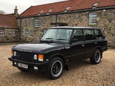Range Rover Classic, Range Rover Lwb, Range Rover Supercharged, Range Rovers, 4x4, Can I Drive, Countryside Fashion, Beach Cars, Mens Toys