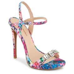 Make style magic in the Meilani women's shoe from Zigi Soho®