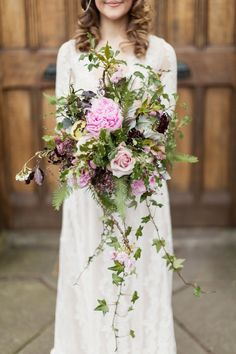 Wild wedding flower bouquet for a rustic and vintage inspired wedding at Rowallan Castle in Scotland, Photography by Craig & Eva Sanders.