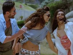 Saif Ali Khan, Deepika Padukone Diana P. Cocktail Movie, Cocktail Videos, Bollywood Couples, Bollywood Songs, Movie Songs, Songs To Sing, Movies, Free Music Download Sites, Girlfriends