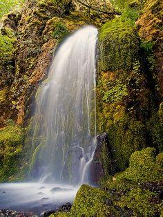 Lancaster Falls, Oregon