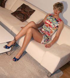 Mature Tranny Wives : Photo