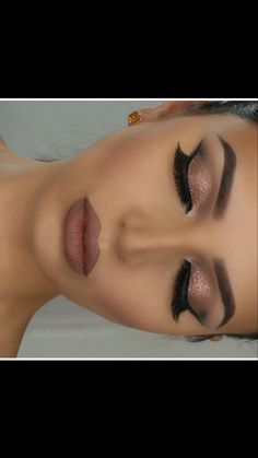 Closed eye make-up by prev post. Anastasia Beverlyhills Dipbrow in ebony … – Prom Make-Up Ideas Stunning Makeup, Pretty Makeup, Love Makeup, Makeup Inspo, Elegant Makeup, Makeup Style, Makeup Geek, Makeup Remover, Makeup Looks For Prom