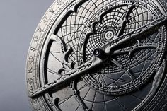 Astrolabe, background lines
