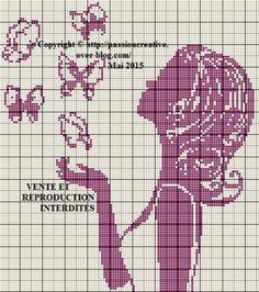 Grille gratuite point de croix : Femme et papillons