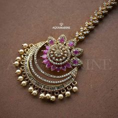 Jewelry care: how to clean your expensive jewelry Gold Jewelry Simple, Stylish Jewelry, Fashion Jewelry, Indian Wedding Jewelry, Indian Jewelry, Bridal Jewelry, Tika Jewelry, Jewelery, Hand Jewelry