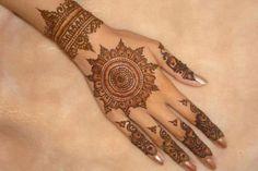 Download latest circle mehndi designs at: http://www.mehndi-designs.co/circle-mehndi-designs/