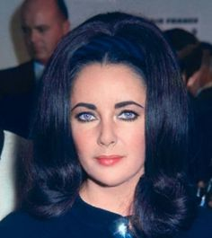Elizabeth Taylor Eyes Violet 60s Hair