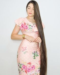 Image may contain: 1 person, standing Down Hairstyles, Straight Hairstyles, Girl Hairstyles, Beautiful Long Hair, Beautiful Asian Women, Rapunzel Hair, Natural Hair Styles, Long Hair Styles, Very Long Hair