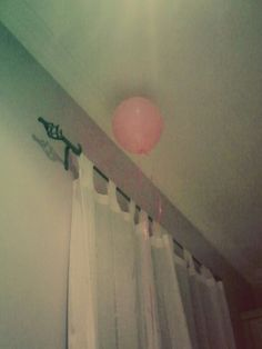 My ballon flew away from me