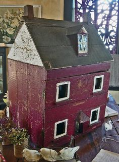 trendy Ideas for wooden bird houses folk art Vintage Dollhouse, Dollhouse Dolls, Vintage Dolls, Haunted Dollhouse, Wooden Dollhouse, Dollhouse Ideas, Dollhouse Miniatures, Kitsch, Muñeca Diy