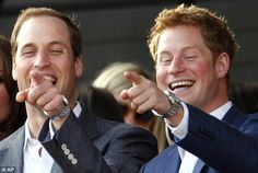 Still smiling ~ The two brothers, Prince William and Prince Harry, have weathered many storms and the tragic death of their mother Princess Diana. Prince William Et Kate, Prince Harry Et Meghan, Prince Harry Of Wales, Prince Harry Photos, Prince Philip, Prince Henry, William Kate, Diana Son, Lady Diana Spencer