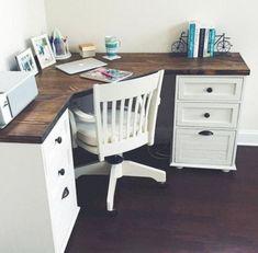 30+ Farmhouse Office Desk Ideas – FarmhouseMagz Home Office Design, Home Office Decor, Diy Home Decor, Room Decor, Wall Decor, Home Renovation, Home Remodeling, Remodeling Companies, Farmhouse Desk