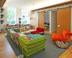 Idea for the reading nook: low seating | Playroom ideas CCC ...
