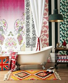 Bright+and+colorful+bohemian+bathroom