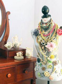 dressform for jewelry display