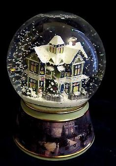 Thomas Kinkade Light-up Musical Snow Globe Victorian 'Merry Little Christmas'