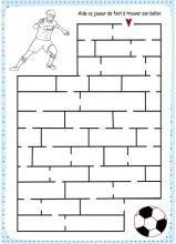 Jeu de labyrinthe sur le foot
