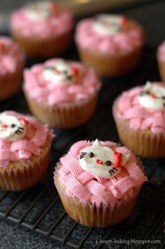 i heart baking!: fresh strawberry hello kitty cupcakes