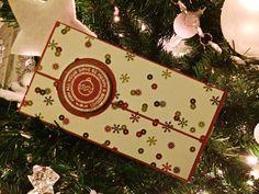 Ciao a tutte, Uhhhh, che emozione!! Il mio primo post! Ma giusto un assaggino.. Una cosina piccolina.. Visto il periodo e dato l'avvicinarsi del giorno di Natale, ho pensato di fare una card porta ...