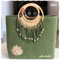 Crochet Clutch, Crochet Handbags, Crochet Purses, Bag Pattern Free, Bag Patterns To Sew, Crochet Patterns, Baby Booties Knitting Pattern, Crochet Bag Tutorials, Animal Bag