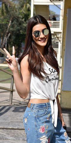 Indian Bollywood Actress, Bollywood Girls, Beautiful Bollywood Actress, Bollywood Celebrities, Beautiful Indian Actress, Bollywood Fashion, Indian Actresses, Bollywood Stars, Celebrity Casual Outfits
