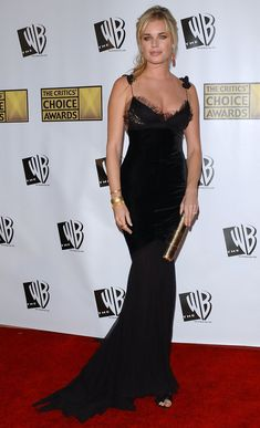 Ultra sexy Rebecca Romijn ...