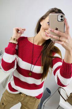 Moderný dámsky sveter v malinovej farbe Pullover, Fitness, Sweaters, Fashion, Moda, Fashion Styles, Sweater, Fashion Illustrations, Sweatshirts